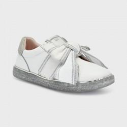 Спортни обувки от кожа за момиче