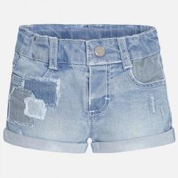 Къси дънкови панталонки с кръпки