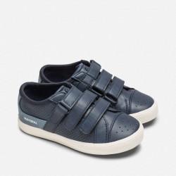 Обувки с тройно велкро закопчаване за момче