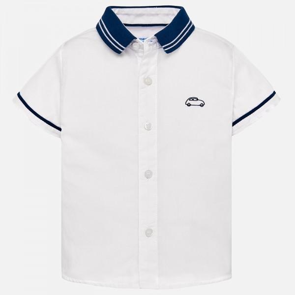 Риза с контрастни детайли