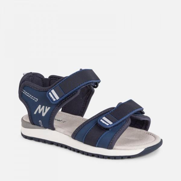 Спортни сандали за момче с велкро закопчаване