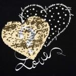 Блуза със сърца и обръщащи пайети