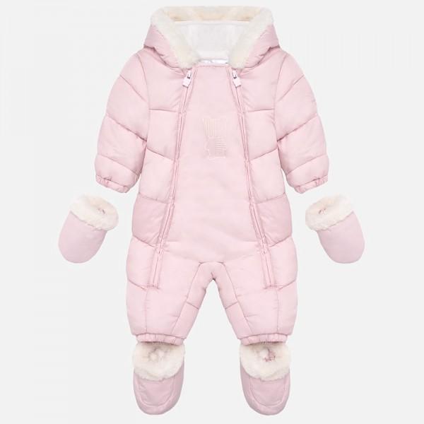 Космонавт  за новородено бебе