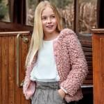 Палто от косъм с качулка за момиче