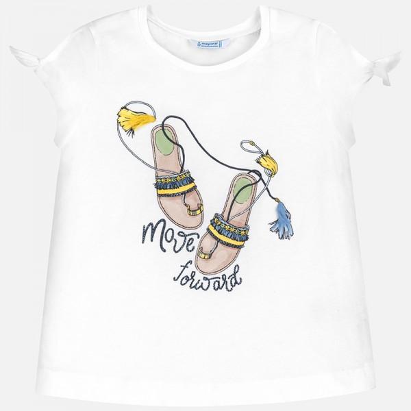 Тениска с принт сандали