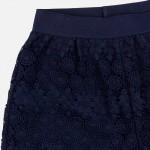 Къси панталонки от дантела за момиче