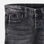 Деним панталон slim fit за момче