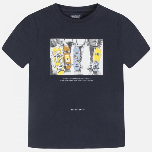 Тениска с принт скейтборди за момче