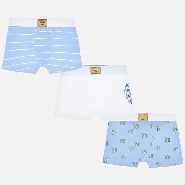 Комплект различни боксерки с щампи  дъски за сърф за момче