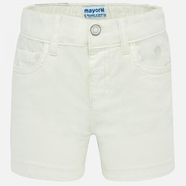 Къси панталони - основен модел за бебе момче