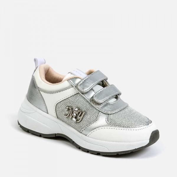 Спортни обувки с блясък за бебе момиче
