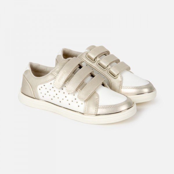 Спортни ежедневни обувки за момиче с капси