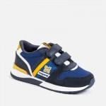 Спортни обувки за момче с лого