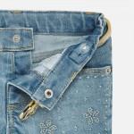 Къси панталони деним с апликирани цвятя