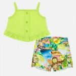 Комплект цветни къси панталонки и едноцветен топ