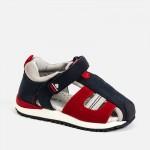 Спортни полуотворени сандали за бебе момче