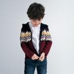 Цветна жилетка с весели мотиви за момче