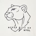 """Блуза """"Never give up"""" с принт за момче"""