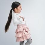 Плисирана пола от велур за момиче