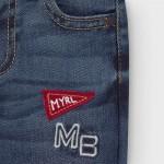 Дълъг дънков панталон с бродерия отпред за бебе момче