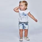 Къс дънков панталон с бродерия за бебе момиче