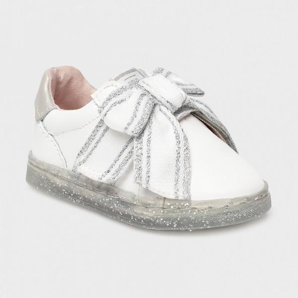 Кожени спортни обувки за бебе момиче