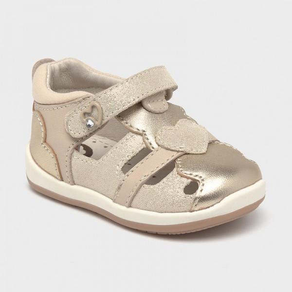 Кожени сандали със сърце Първи стъпки
