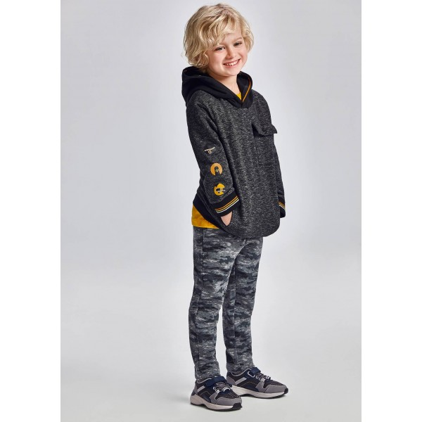 Дълъг спортен панталон с щампа за момче