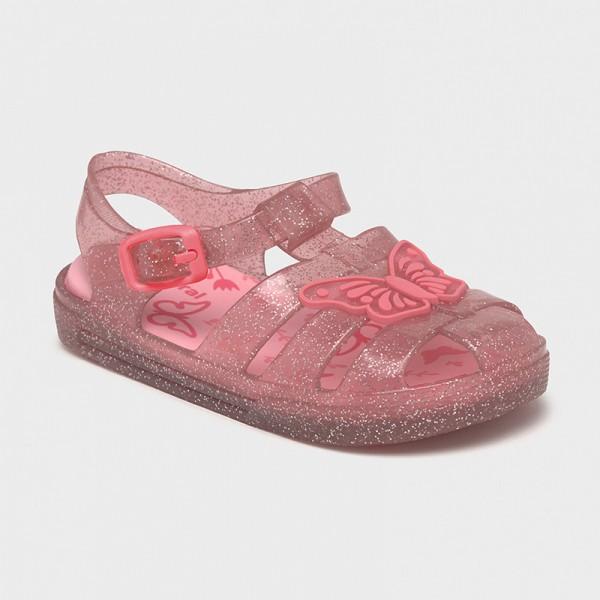 Полуотворени плажни сандали за бебе