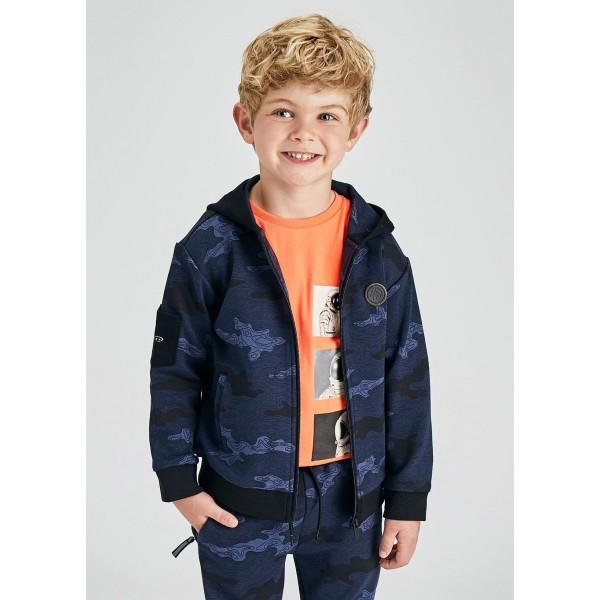 Спортно горнище в камуфлажен цвят за момче